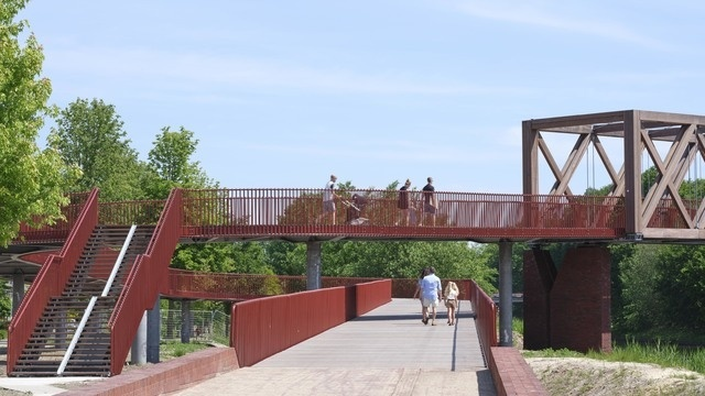 drewniany most rowerowy w Oirschot, Holandia
