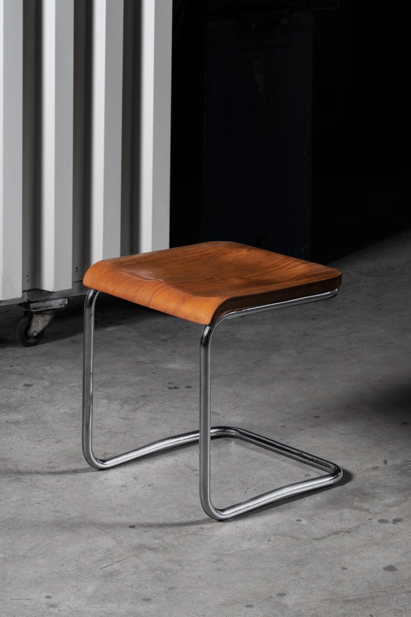 krzesło Columbus