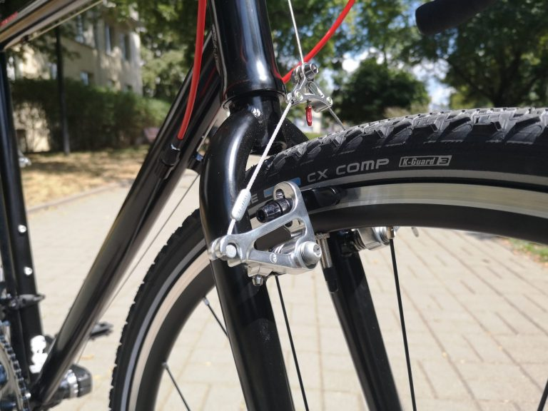 Centrowanie koła w rowerze